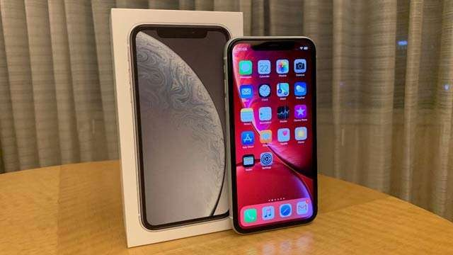 iPhone XR gets an unofficial price cut, now selling at starting price of Rs 70,500