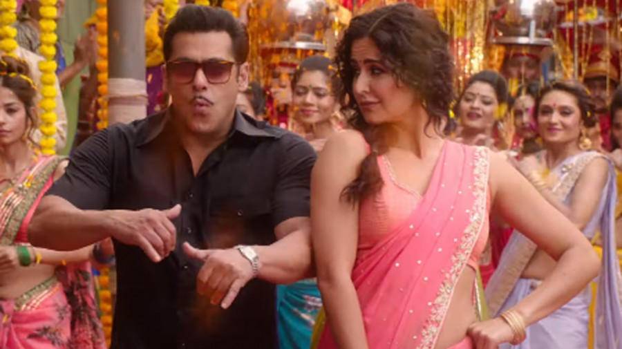 Aithey Aa song: Katrina Kaif wooing Salman Khan is best thing about this peppy number from 'Bharat'