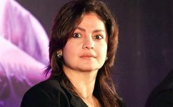 About Time Online Threats And Abuse Stopped Says Pooja Bhatt