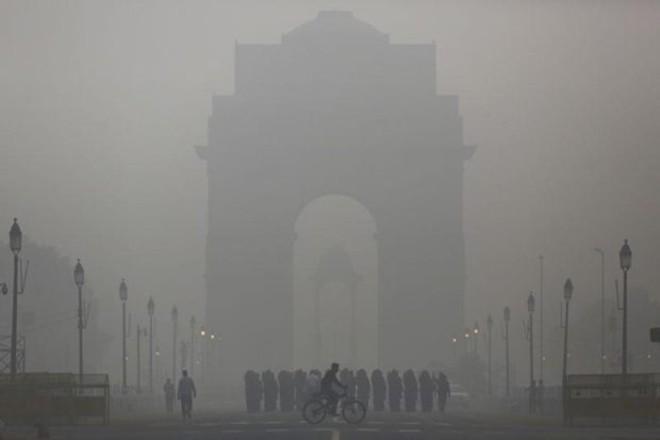 Air quality in Delhi again at critical level, above AQI 500 in many areas