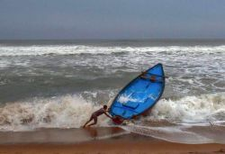 First Death in Bangladesh Due To Cyclone Amphan