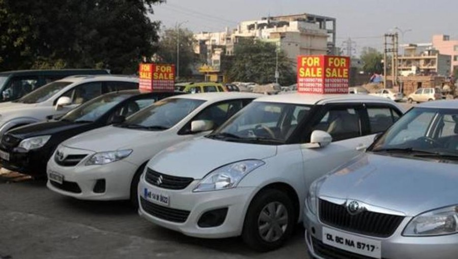 Auto Crisis: Vehicle registrations declined in Delhi for first time in 6 years