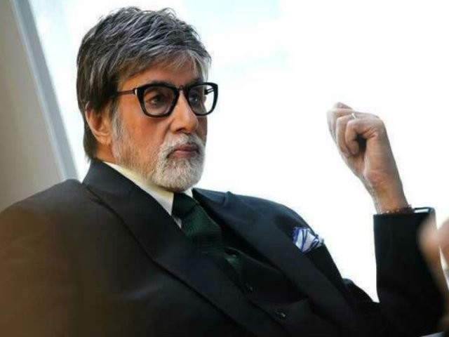 Amitabh Bachchan 'negotiates' pain, continues working