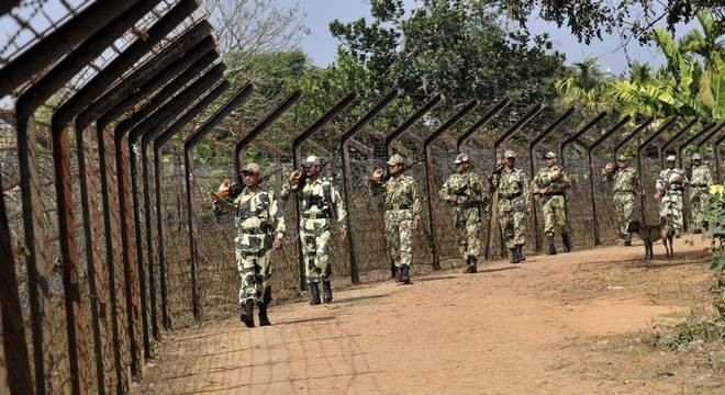 Bangladesh terror group setting up bases near border, ties up with Pak's LeT