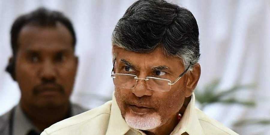 Post-poll alliance buzz: Chandrababu Naidu meets Rahul Gandhi; discusses firming up anti-BJP front