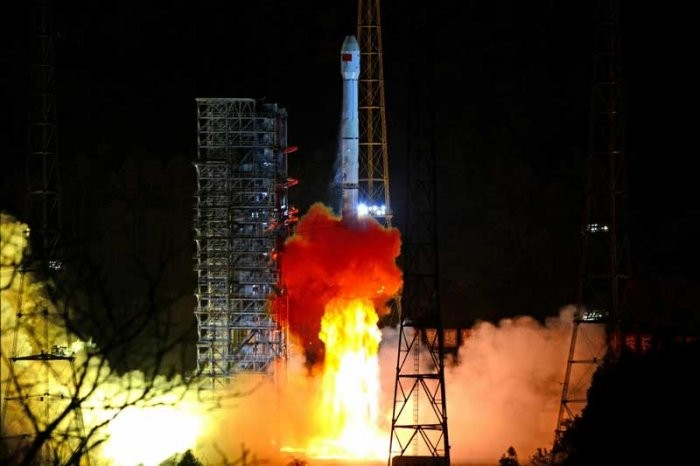 China successfully launches second generation data relay satellite