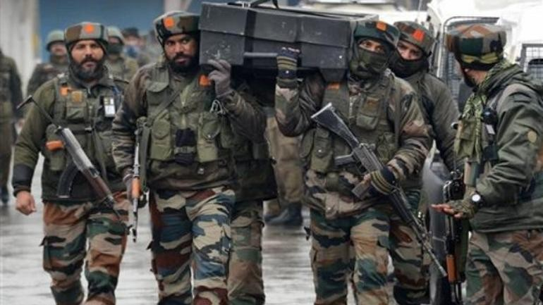 Militants fire grenade at CRPF camp in Pulwama, one jawan injured