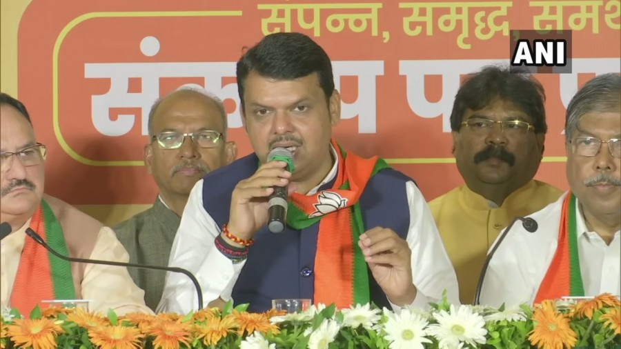 More Rahul Gandhi speaks, the votes of the BJP-Sena will keep rising: Devendra Fadnavis