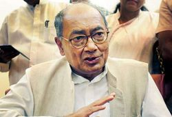 Karnataka High Court Rejects Digvijaya Singh's Plea to Meet Rebel MP MLAs
