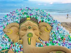 "Sand Ganesh with a message ""Say no to single-use plastic"