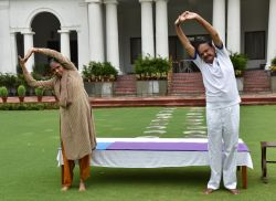 See photos: Leaders of the country celebrated Yoga Day in this way