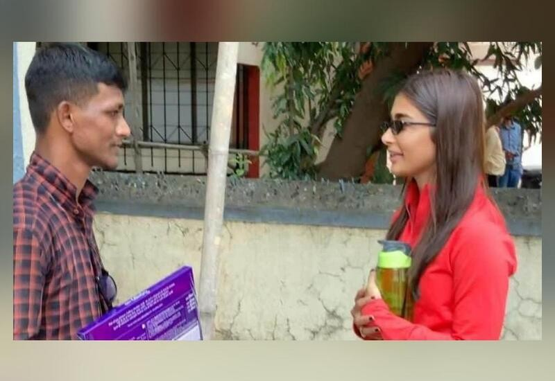 Fan sleeps on footpath for 5 days to meet Pooja Hegde, actress shares video with him