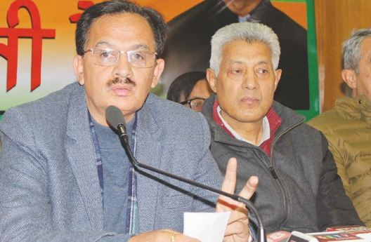 Himachal Congress MLA quits party post