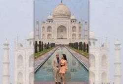 World's richest man Jeff Bezos, girlfriend Lauren visit Taj Mahal; pics surface