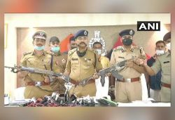 Looted arms of 8 policemen martyred in shootout found in Dubey's house