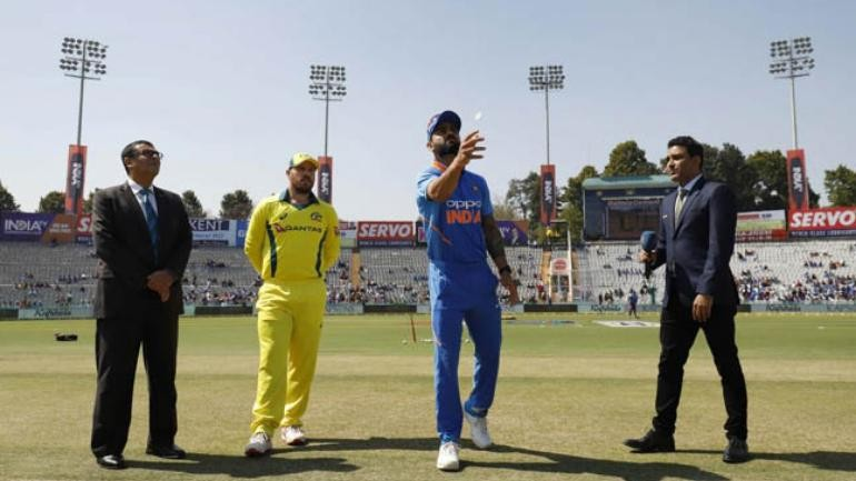 India vs Australia 5th ODI: Australia wins toss choose to bat, Chance for India to lock World Cup