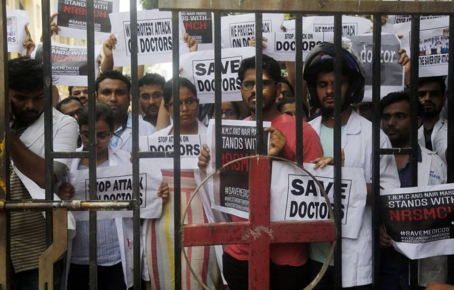 Medical services hit as doctors' agitation spreads