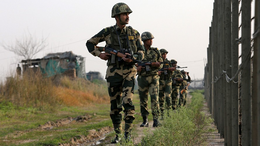 5 soldiers injured in Pakistan firing after Balakot strike; schools closed