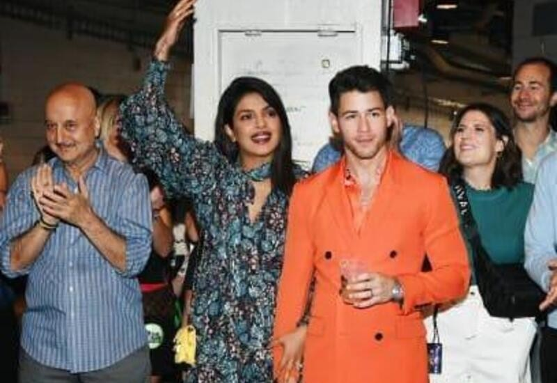 Anupam Kher attends Jonas Brothers concert, shares video