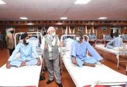 PM visits jawans injured in face-off, says 'won't bow down to any world power'
