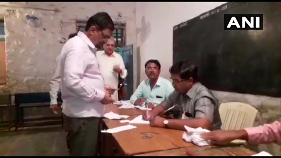 Voting underway for 15 Assembly seats in Karnataka bypolls