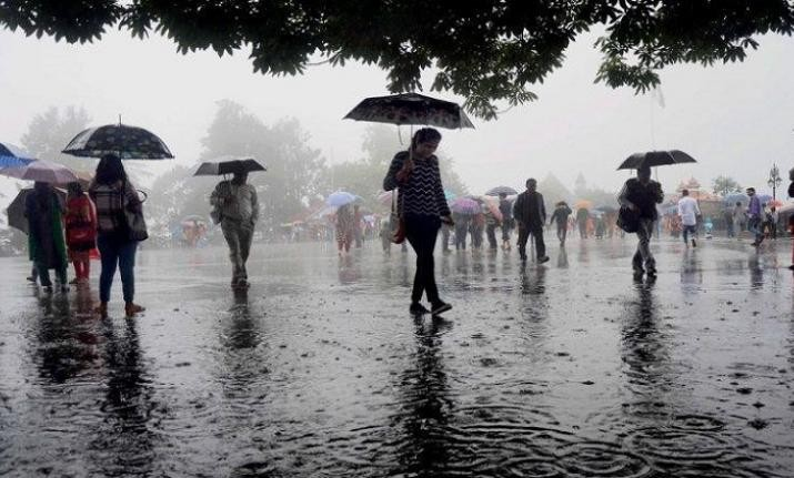 Light rain, thunderstorm to bring down Delhi temperature; air quality likely to improve
