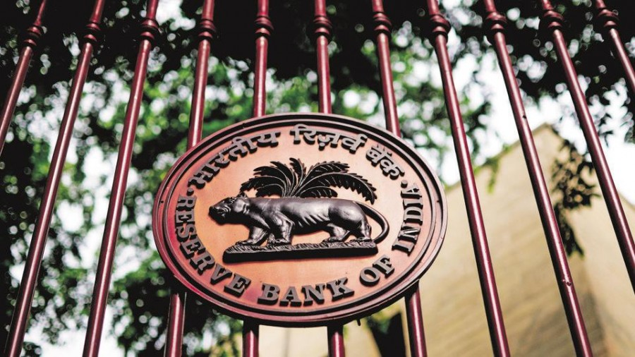 RBI keeps key lending rate unchanged, cuts GDP forecast to 5% from 6.1%
