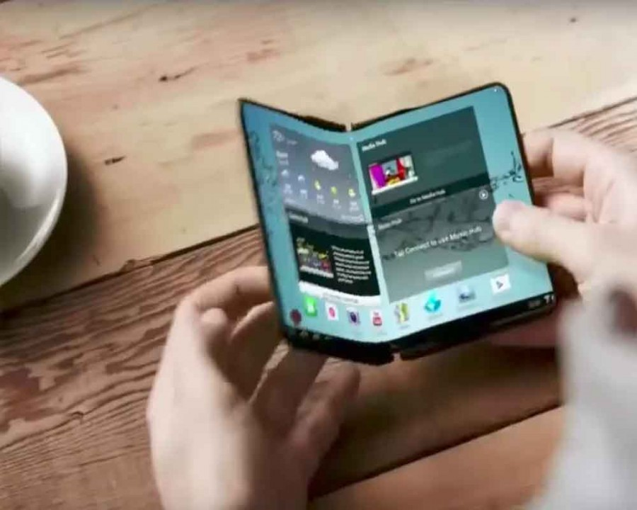 Samsung Reportedly Offering Foldable Display Samples to Apple, Google