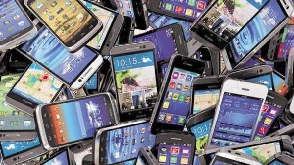 Smartphone vendors to spend ₹330 crore on digital marketing in India