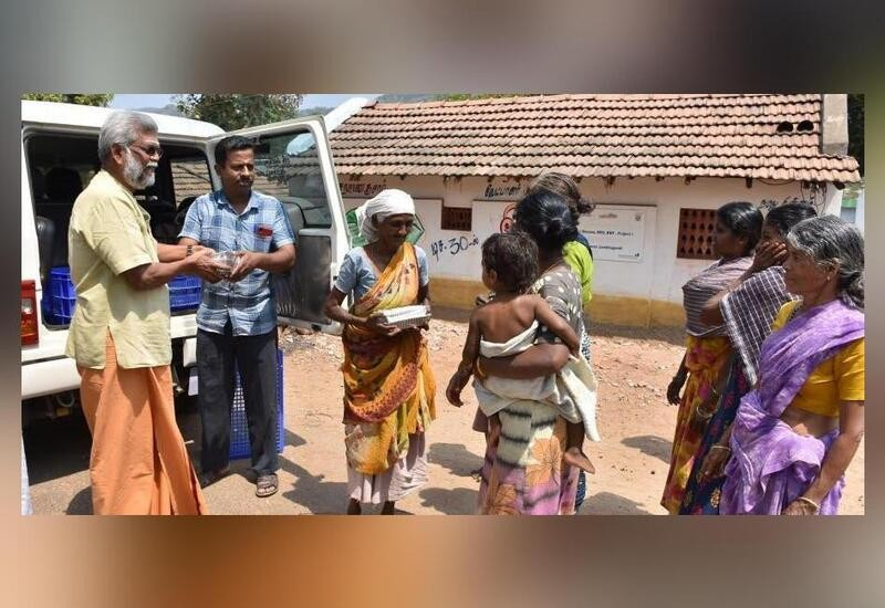 63-yr-old man in TN spends ₹6,000 daily to make free lunch for 250 tribals