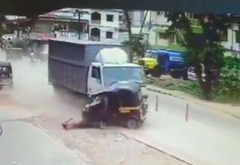 Karnataka school teacher dies after truck hits & drags autorickshaw
