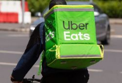2,000 UberEats delivery partners in Kerala launch strike over wage cut