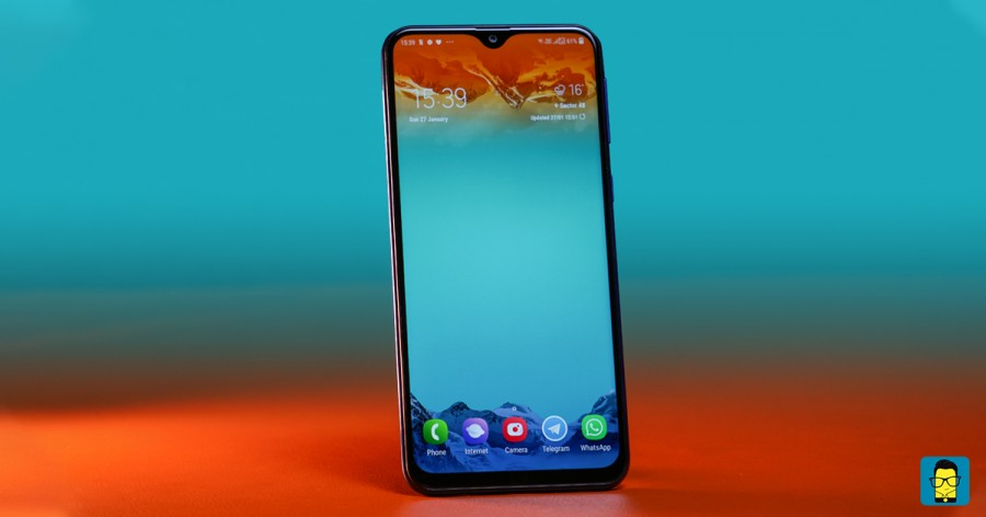 Samsung Galaxy M20 Great display, superb battery life make