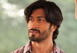 Make sure Dil Bechara is the highest-watched film: Vidyut to fans