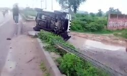 Car carrying Dubey overturned as driver tried to avoid herd of cattle: STF