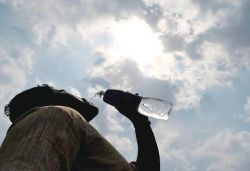 Red alert in North India over heat wave, people advised to stay in from 1-5pm
