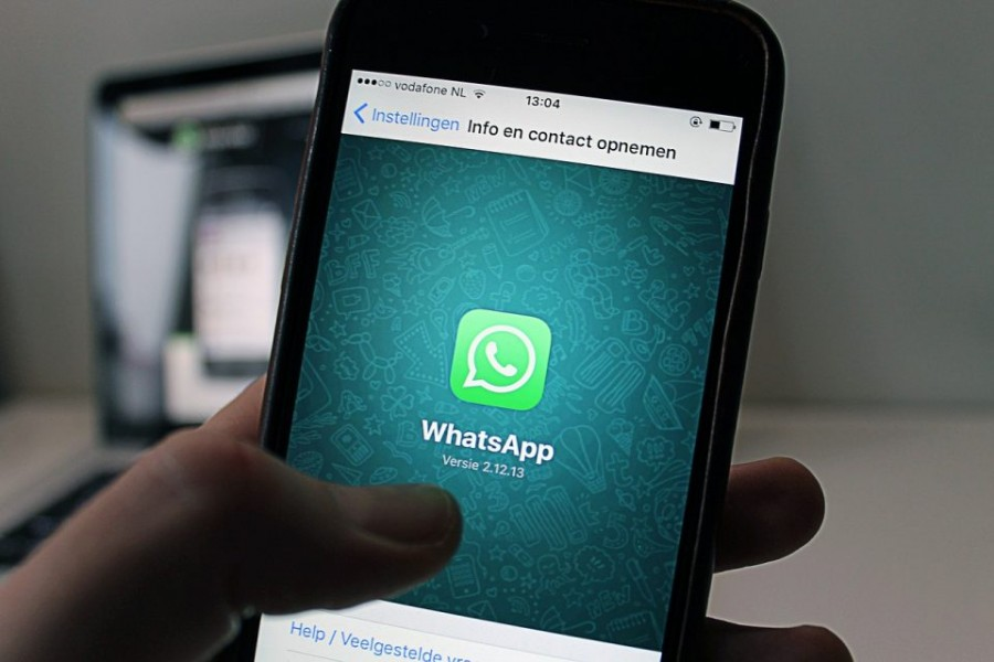 WhatsApp's new features for iPhone users: Face ID authentication, group invitation, and more